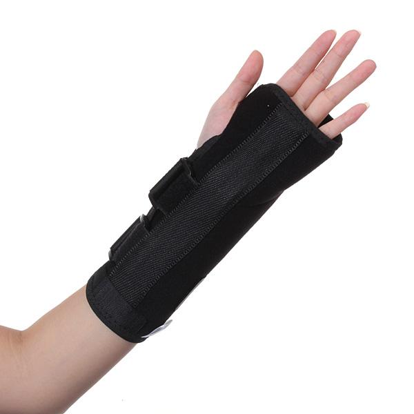 how to wear a wrist splint for carpal tunnel