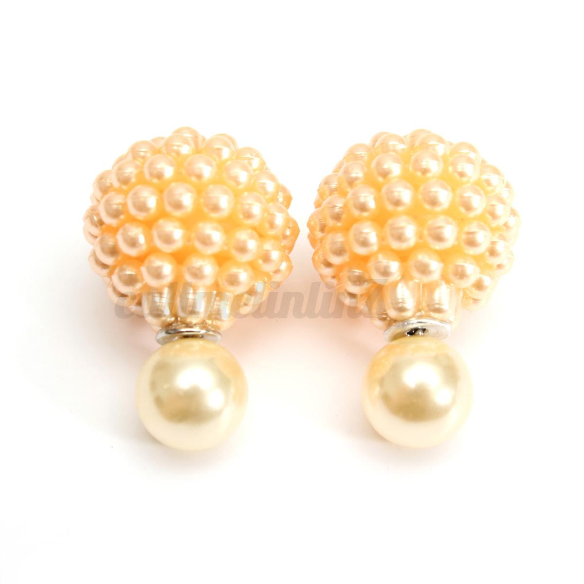 Fille avec une perle boucle d'oreille pieter