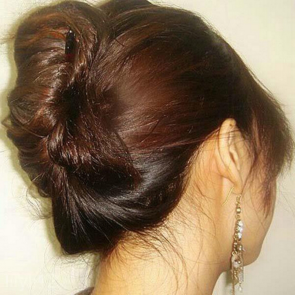 how to make material and elastic bun maker hair combs