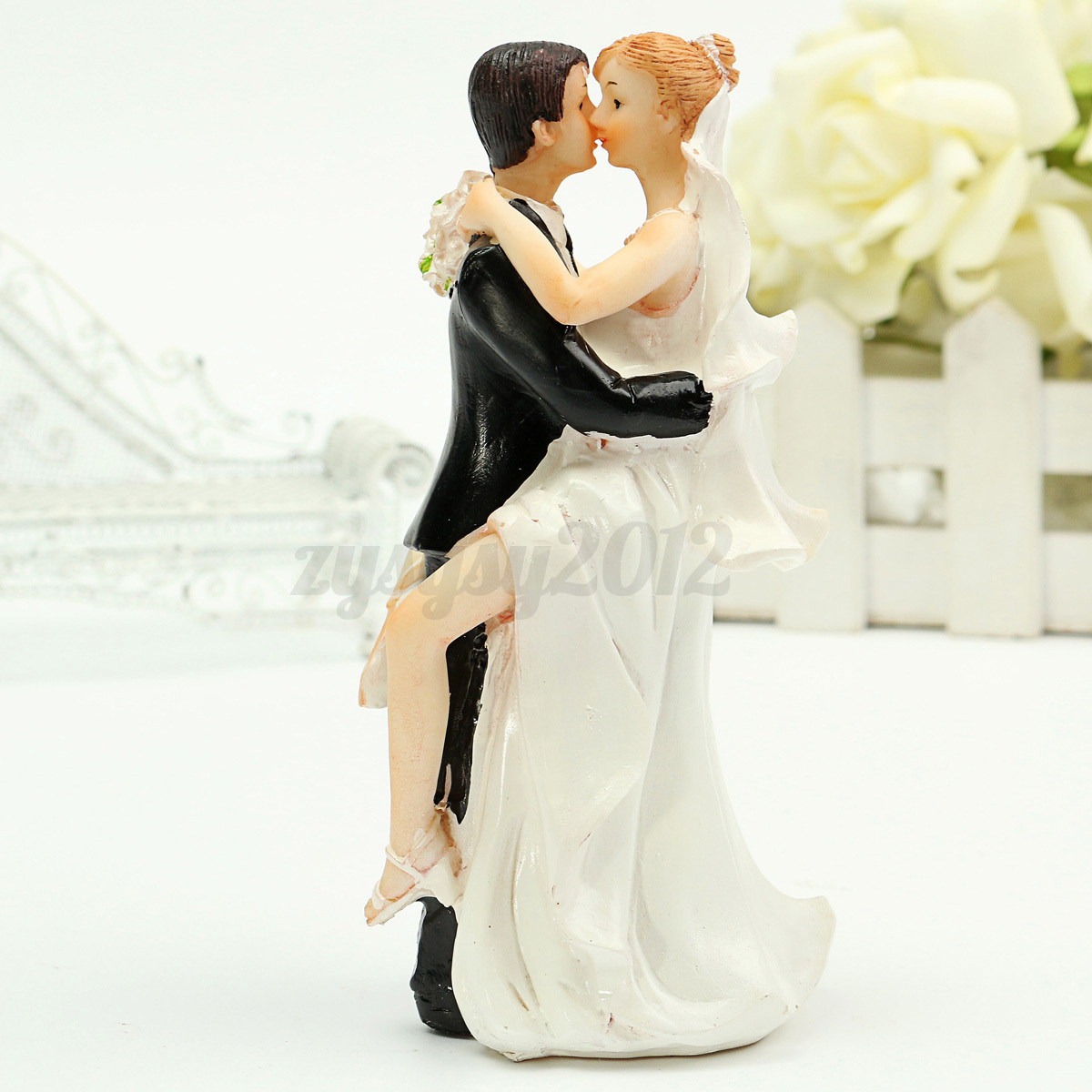 Romantic Wedding Cake Toppers Figure Bride and Groom