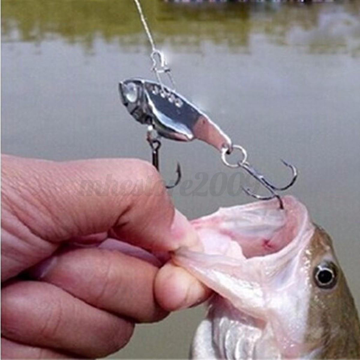 4pcs new colored metal vib fishing lure bass spoon shape for Bass fishing hooks