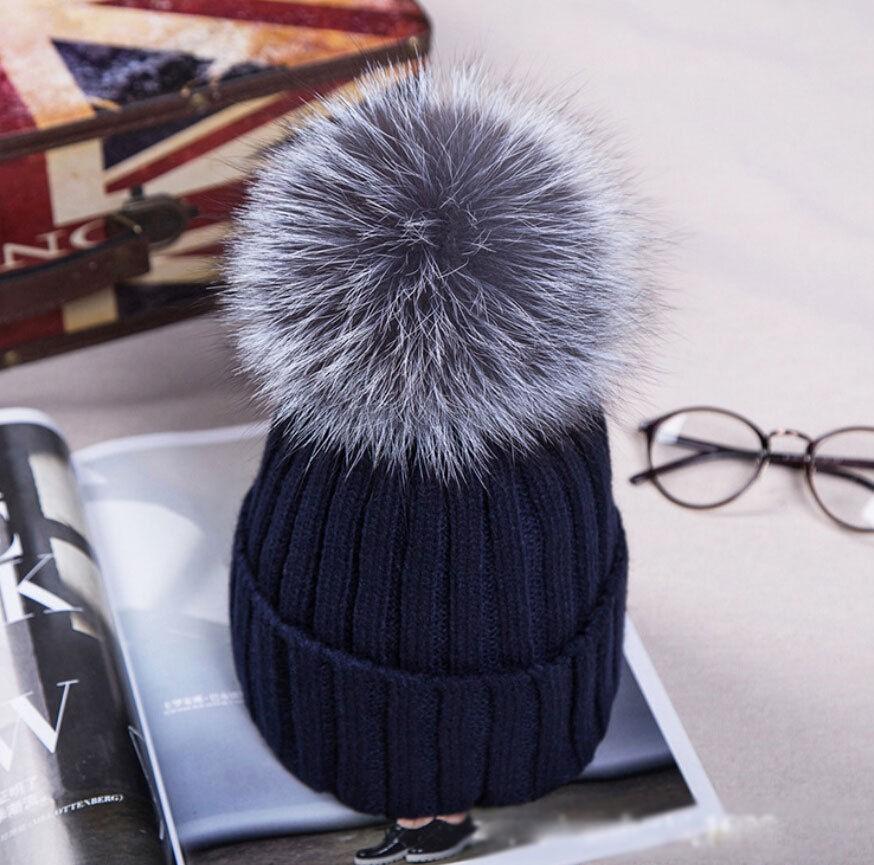 2018Hot Women Winter Racoon Fur Pom Pom 18cm Ball Knit Beanie Ski Cap  Bobble Hat  0f72eb5ab6