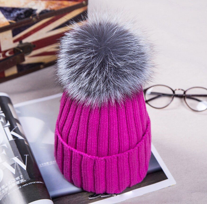 Hot Women Winter Racoon Fur Pom Pom 18cm Ball Knit Beanie Ski Cap Bobble Hat   b31c8ad7258