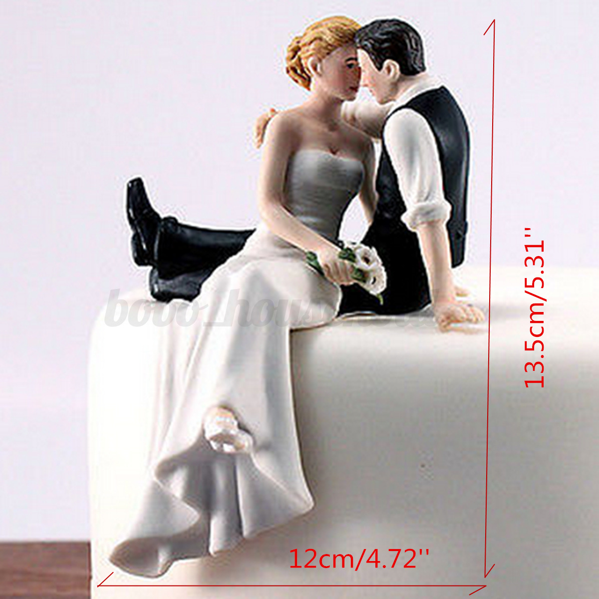 romantic bride and groom wedding cake topper couple hug kiss